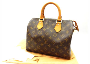 ルイヴィトンの定番ハンドバッグ「スピーディ 25」は買取強化しています!