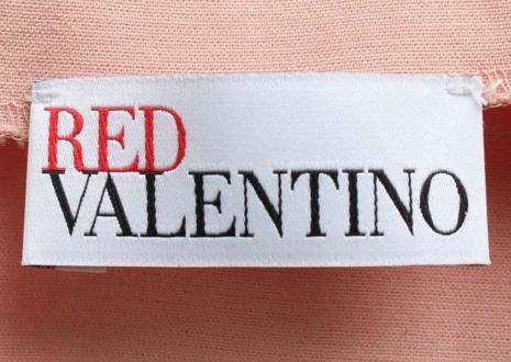 ヴァレンティノのディフュージョンライン「レッド ヴァレンティノ(RED VALENTINO)」