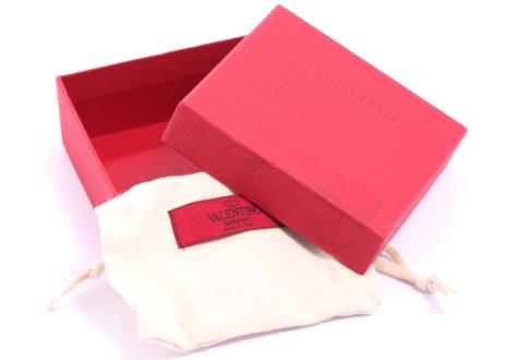 ヴァレンティノ 付属品 保存袋・専用箱