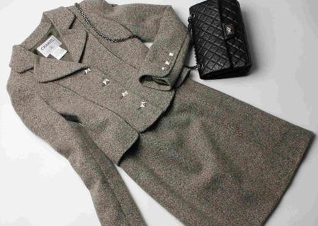 シャネルスーツ(CHANEL SUIT) ココ・シャネルが残した永遠のスタイル